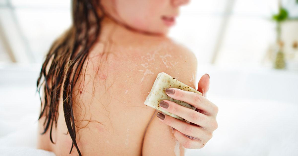 Esfoliare la pelle: 5 metodi imbattibili