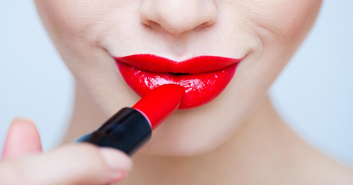 Il rossetto rosso: impossibile farne a meno