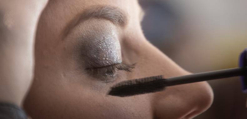 applicare mascara