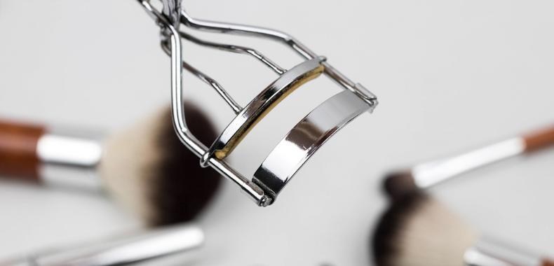 piegaciglia accessori makeup