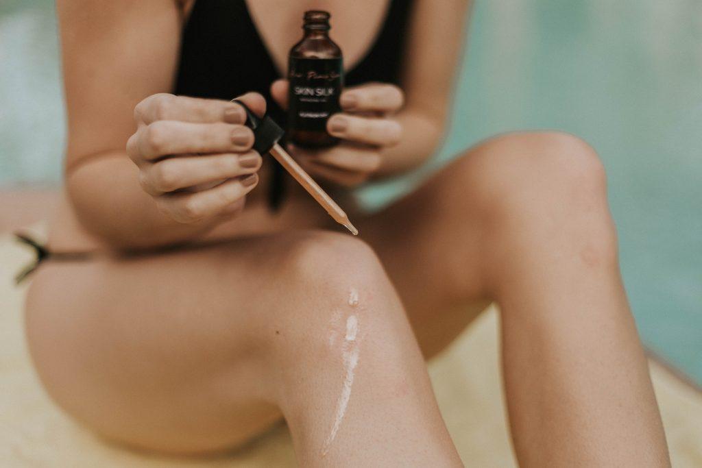 Olio pelle gambe