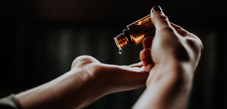 olio viso acido ialuronico