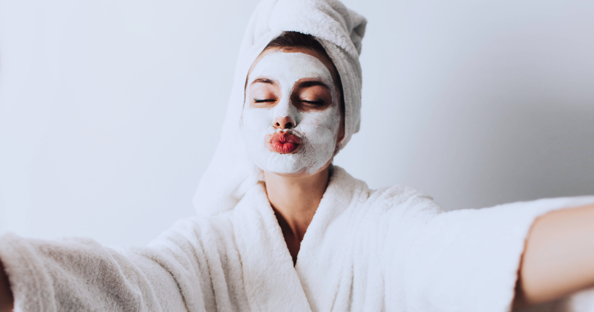Skincare routine per pelle grassa: tutti gli step da seguire