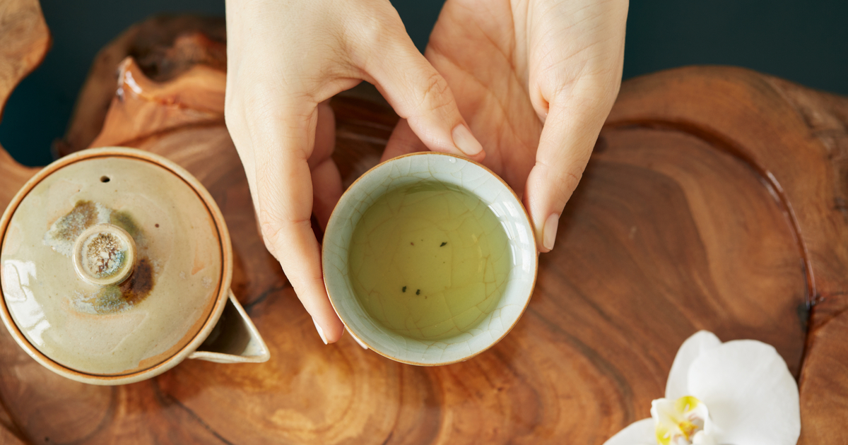 Tutte le proprietà di bellezza del tè bianco