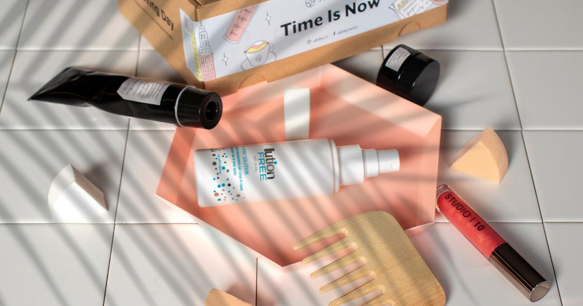 Unboxing Time: Time Is Now la beauty box di ottobre