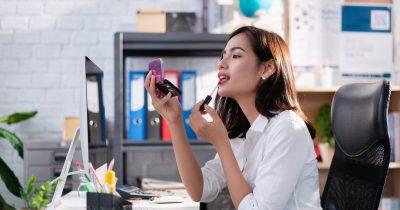 Come truccarsi in ufficio: i nostri consigli