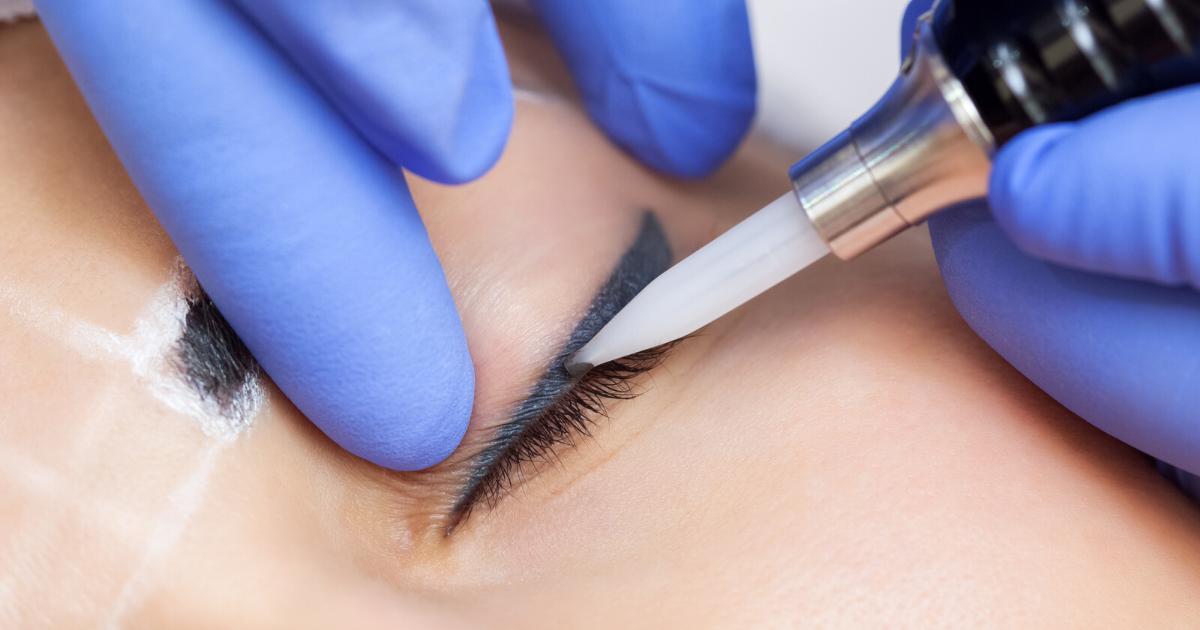 La guida completa all'eyeliner semipermanente