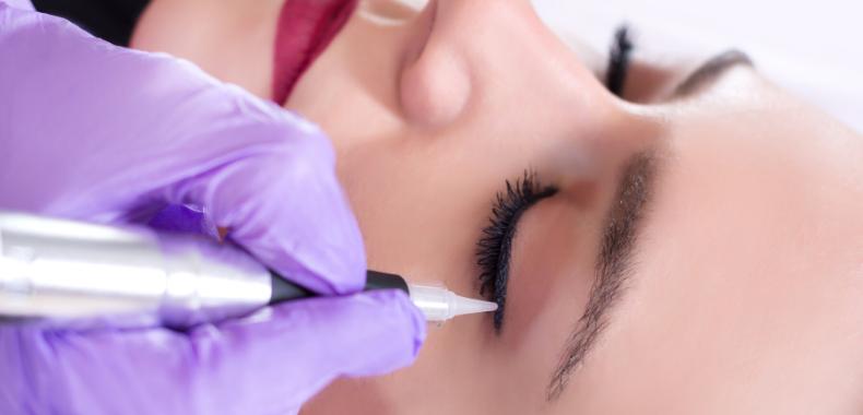 eyeliner-semipermanente-tecnica