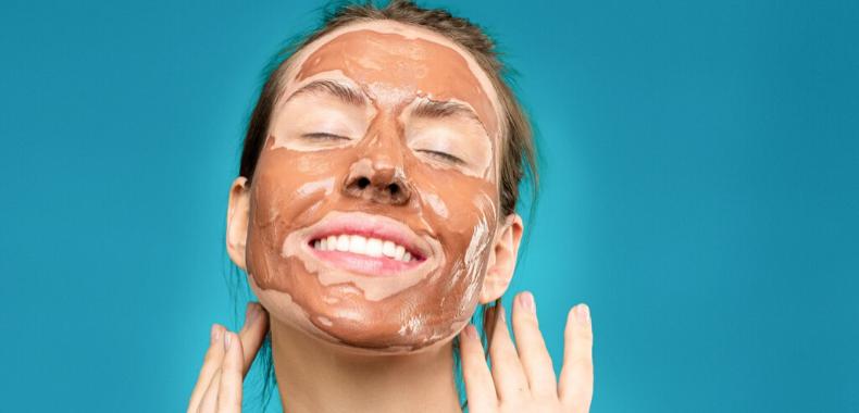 Maschera all'argilla per acne