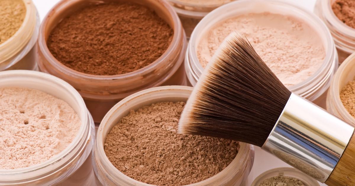 Fondotinta minerale: perché sceglierlo e come si applica