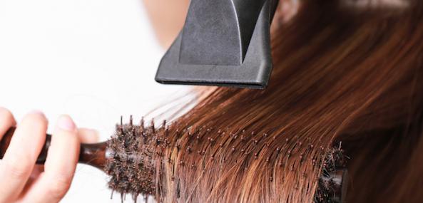 capelli-lisci-phon