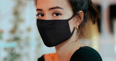 Fondotinta sotto la mascherina: come creare la perfetta base viso no transfer?
