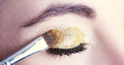 Glitter occhi: trucchi e consigli per un look mozzafiato